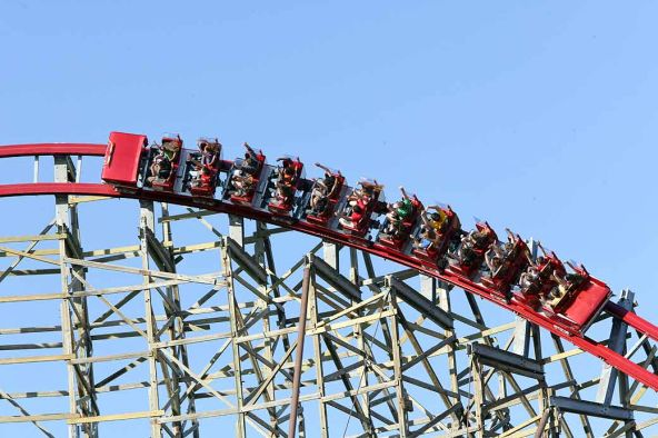 amusement park injury lawsuit