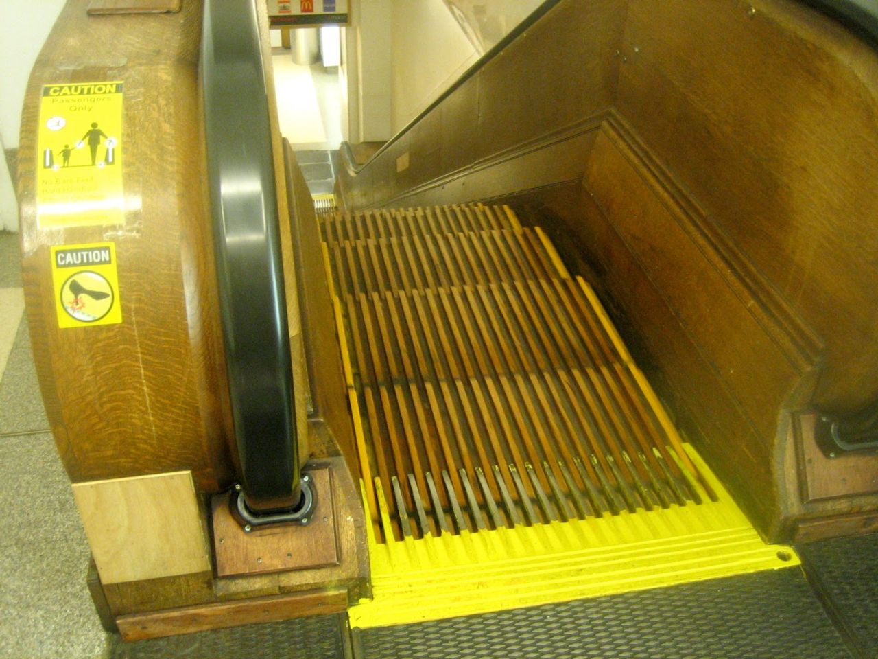 Escalators sever fingers