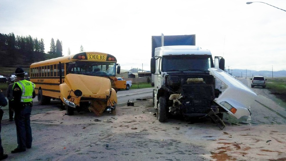 semi truck schoolbus crash