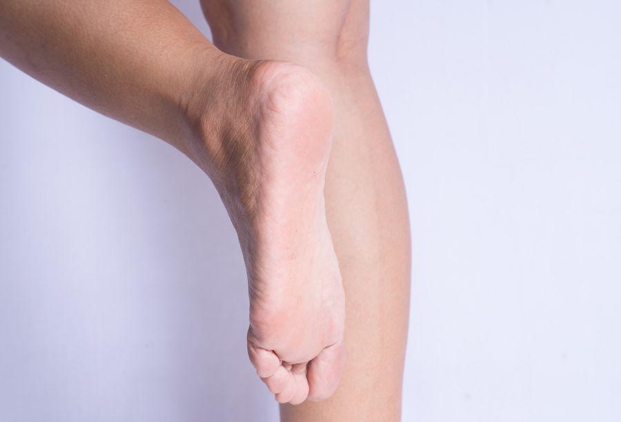 Lifting foot, bottom of foot