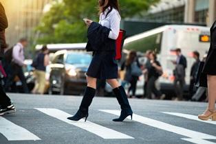 distracted_pedestrian