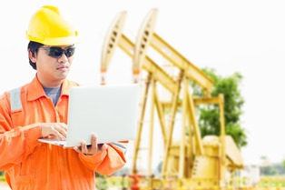 oil_rig_worker