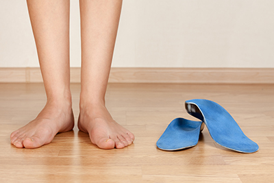 What is the difference between custom orthotics and a store-bought insert?