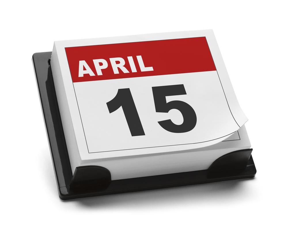 Desk calendar on April 15