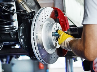 Brake Failure: Common Causes and Liable Parties