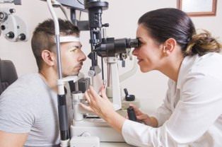 Filing an ophthalmology malpractice claim