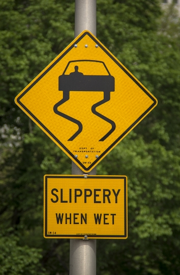 Hydroplaning accidents