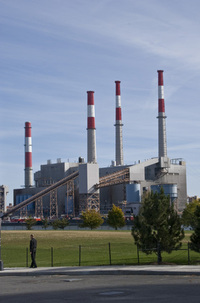 Power plant fueled by coal