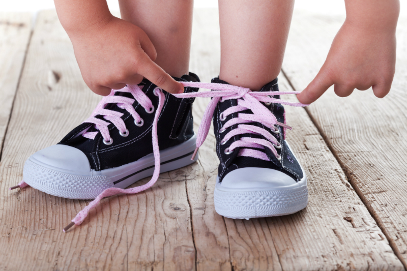 shoe shopping tips for children's footwear