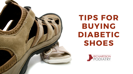 Blog graphic for diabetic shoe tips