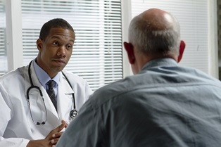 doctor_with_patient