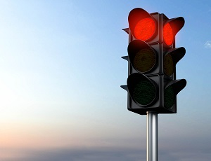 Traffic signal shows a red light