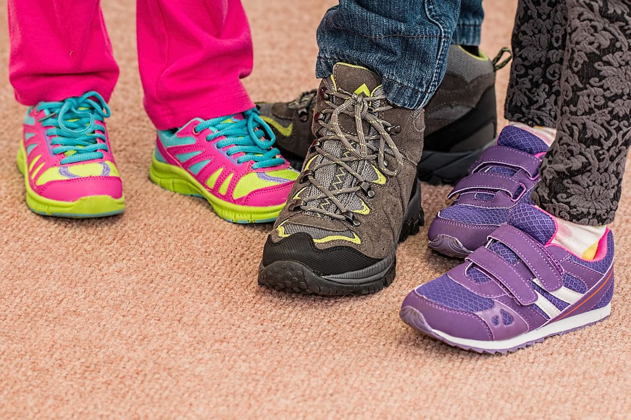 back to school shoe shopping tips sol foot ankle centers