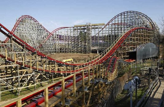 DFW - Texas Giant Roller Coaster - 1 dead due to defective lap bar