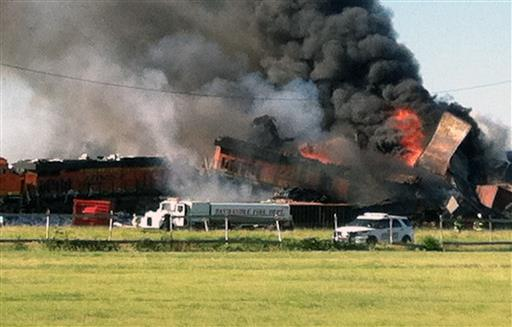 Amarillo BNSF crash photo credit: Billy Brown, AP