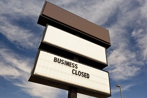 Commercial sign says the business is closed