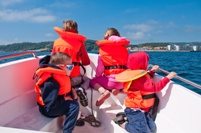 life jackets protect boaters